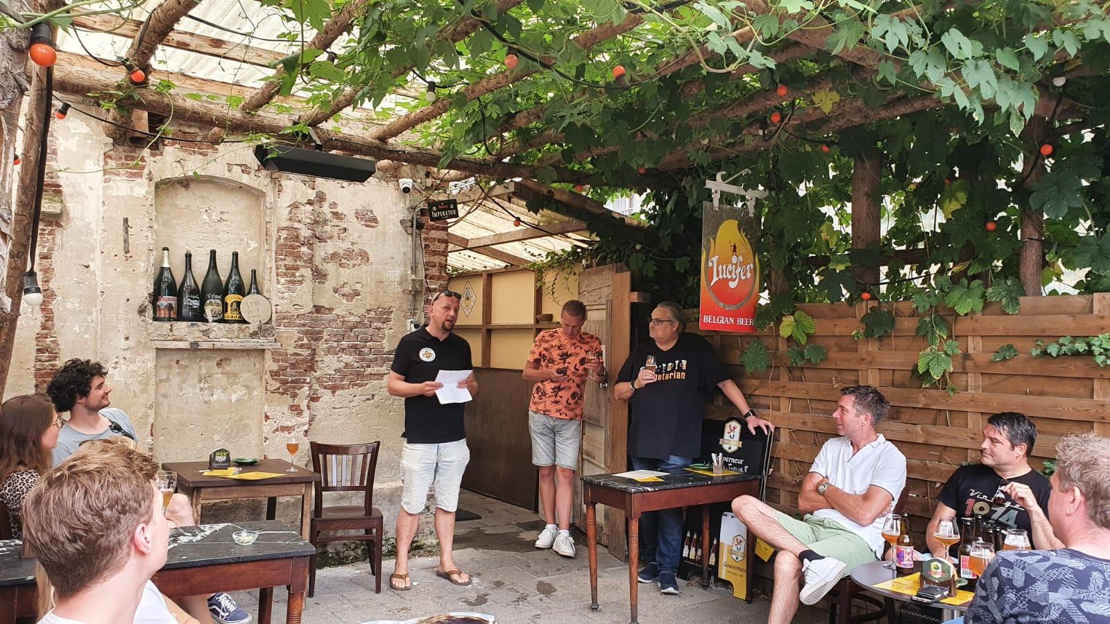 speech tijdens lanceer feest van onze bieren